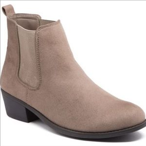 Taupe Ankle slip on sneaker